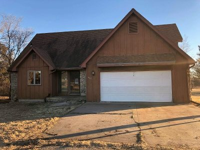 Junction City Single Family Home For Sale: 3307 Liberty Hall Road