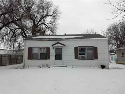 Riley County Single Family Home For Sale: 315, 317 & 323 Thurston Street
