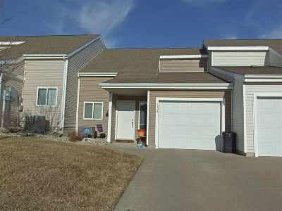 Manhattan Single Family Home For Sale: 1208 Newfoundland