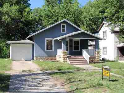Junction City Single Family Home For Sale: 322 W 1st