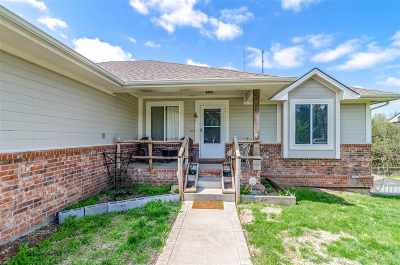 Junction City Single Family Home For Sale: 918 Sandusky Drive