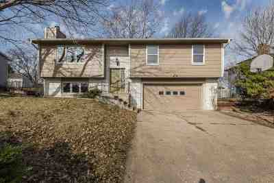 Manhattan Single Family Home For Sale: 731 De Hoff Drive
