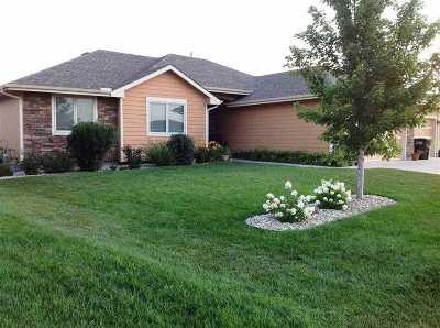 Manhattan Single Family Home For Sale: 4124 Taneil Drive