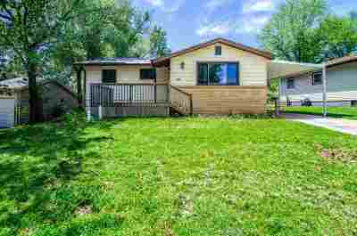 Junction City Single Family Home For Sale: 1405 W 17th Street