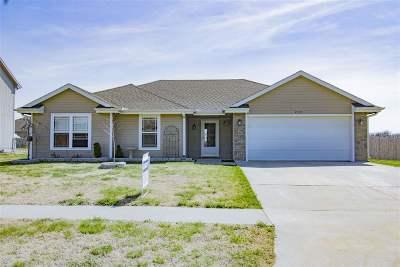 Junction City Single Family Home For Sale: 2331 Buckshot