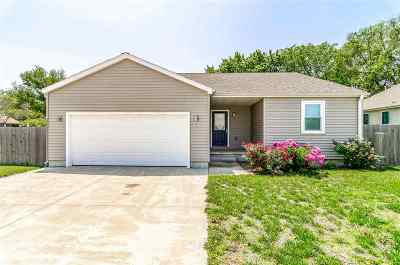 Chapman KS Single Family Home For Sale: $137,500