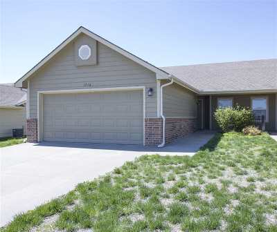 Junction City Single Family Home For Sale: 1716 Hickory Lane