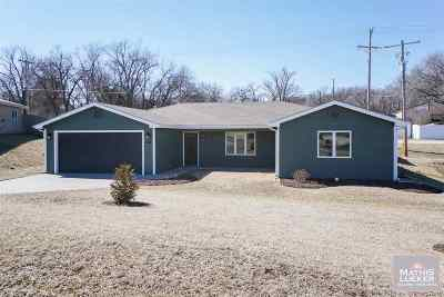 Ogden Single Family Home For Sale: 102 Allen Hill Drive