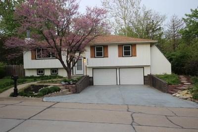Riley County Single Family Home For Sale: 3055 Tamarak Drive