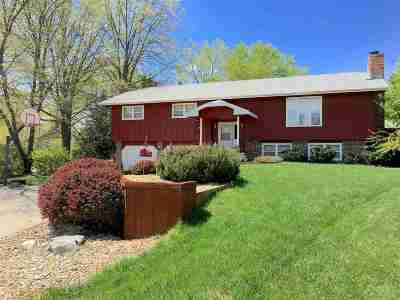 Riley County Single Family Home For Sale: 1415 Beechwood Terrace
