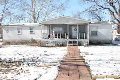 Riley County Single Family Home For Sale: 213 6th Street