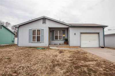 Riley County Single Family Home For Sale: 507 14th Street