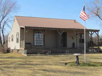 Wakefield Single Family Home For Sale: 313 Navajo Road