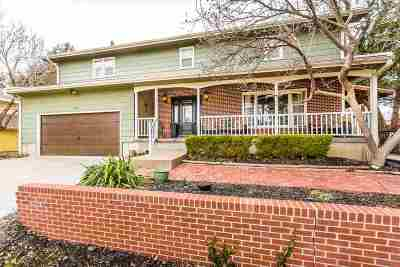 Riley County Single Family Home For Sale: 1827 Denholm Drive