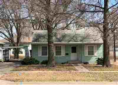 Clay Center Single Family Home For Sale: 1614 6th Street