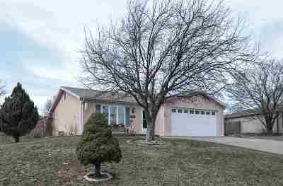 Ogden Single Family Home For Sale: 504 Mustang Drive