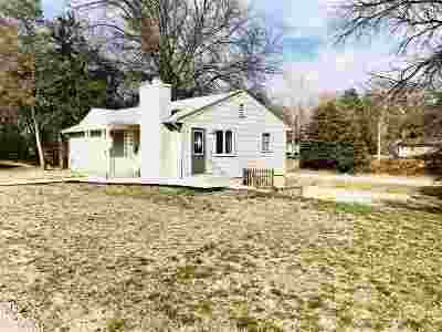 Clay Center Single Family Home For Sale: 329 Garfield