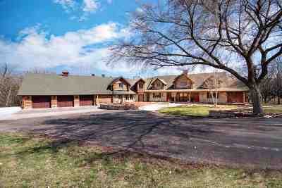 Riley County Single Family Home For Sale: 3720 Seth Child Road