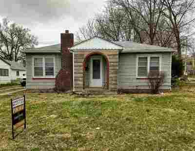 Riley County Single Family Home For Sale: 317 Thurston Street