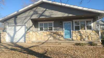 Dickinson County Single Family Home For Sale: 304 S Bluff Street