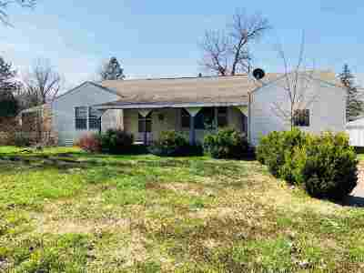 Herington Single Family Home For Sale: 621 N A Street