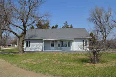 Dickinson County Single Family Home For Sale: 102 N 16th Street