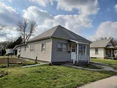 Dickinson County Single Family Home For Sale: 19 S 12th Streets