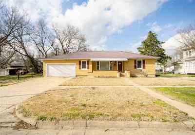 Abilene Single Family Home For Sale: 313 NE 11th
