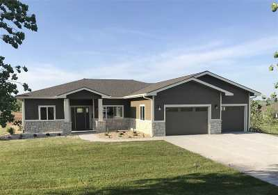 Manhattan Single Family Home For Sale: 5516 Colbert Hills Drive
