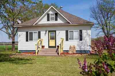 Manhattan Single Family Home For Sale: 1299 S Manhattan