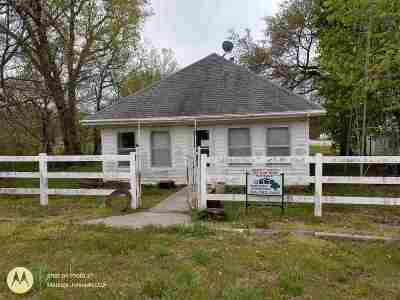 Single Family Home For Sale: 5500 1st