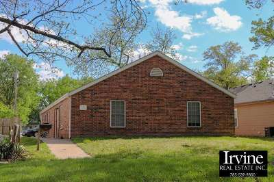 Riley County Single Family Home For Sale: 525 Bluemont Avenue