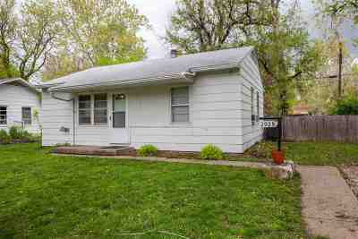 Riley County Single Family Home For Sale: 2028 Hayes