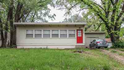 Riley County Single Family Home For Sale: 2120 Elm Lane