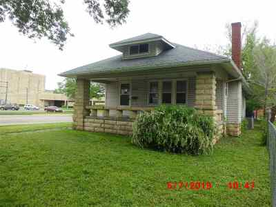 Junction City Single Family Home For Sale: 303 W 8th Street