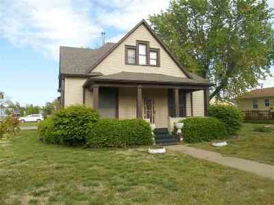 Dickinson County Single Family Home For Sale: 530 N Broadway