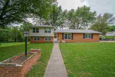 Clay Center Single Family Home For Sale: 734 Garfield
