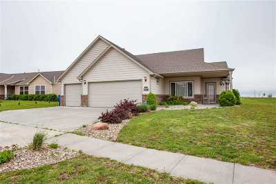 Junction City Single Family Home For Sale: 1159 Coyote Drive