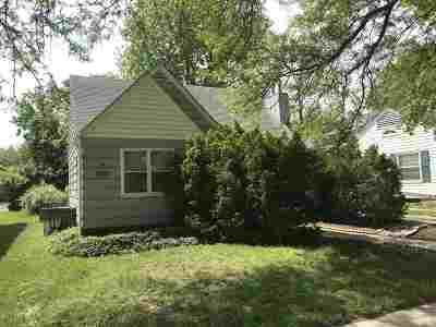 Manhattan Single Family Home For Sale: 1021 Bertrand
