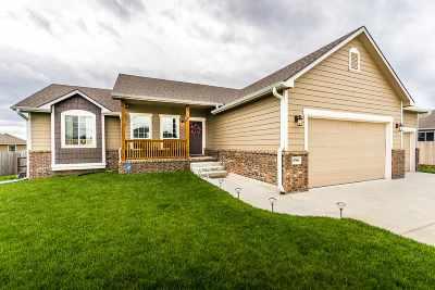 Manhattan KS Single Family Home For Sale: $269,900