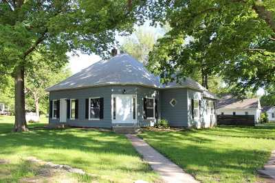 Riley Single Family Home For Sale: 215 W Elm Street