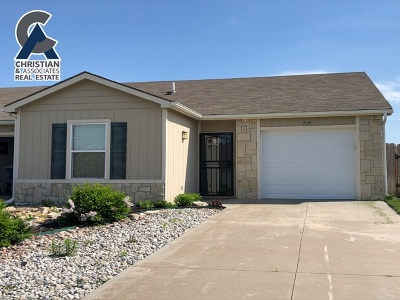 Riley County Single Family Home For Sale: 521 Grainfield Street