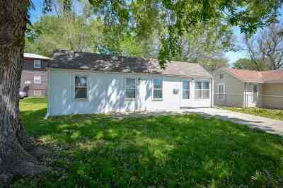 Junction City Single Family Home For Sale: 222 E 1st