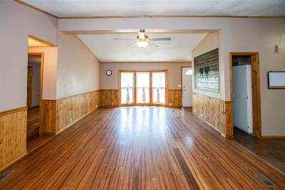 Junction City Single Family Home For Sale: 2038 Northwind Drive