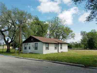 Junction City Single Family Home For Sale: 511 S Franklin Street