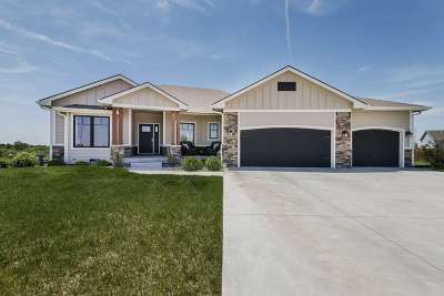 Riley County Single Family Home For Sale: 4801 Miller Parkway