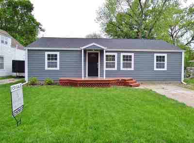 Manhattan KS Single Family Home For Sale: $175,000