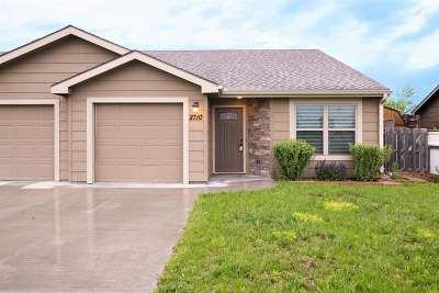 Manhattan KS Single Family Home For Sale: $135,000