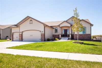 Manhattan KS Single Family Home For Sale: $279,900