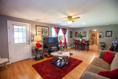 Manhattan KS Single Family Home For Sale: $140,000